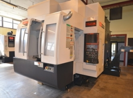 Milling machines MAZAK VARIAXIS 630 (USED)